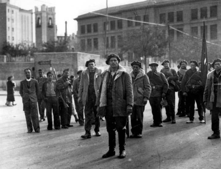 8 de noviembre 1936 primeros brigadistas internacionales a su llegada a Madrid