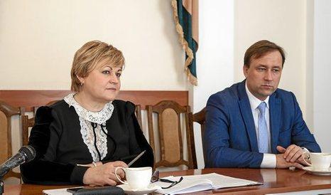 Entrevista a Galina Antyufeeva y Serguei A. Shikorov, vicepresidenta y asesor del Presidente del parlamento de Transnistria