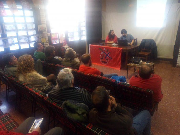 Hamabost lagun batu ziren atzo Bermeon EH-Donbass Komitearen hitzaldia entzuteko
