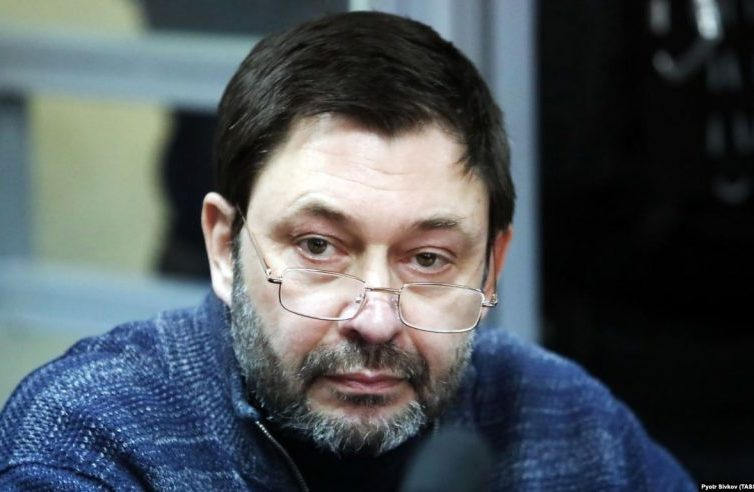 Urte bat geroago kargurik gabe preso politiko bezela darrai Ukrainian Kirill Vyshinsky errusiarra