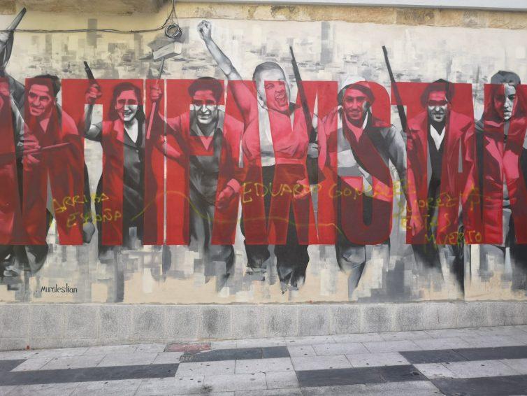 ¡¡SOLIDARIDAD ANTIFASCISTA!! Fascistas amenazan de nuevo de muerte al miembro de Sare Antifaxista Edu Gonzalez y atacan murales antifascistas y un bar en Bilbao