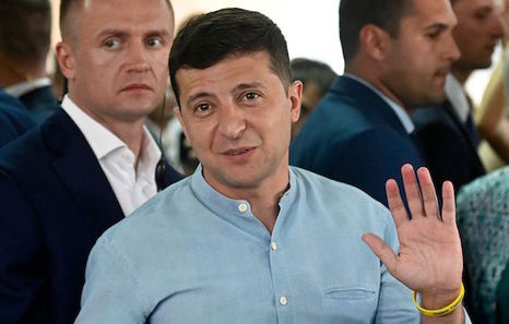 Los sondeos dan la victoria del partido de Zelenski en las legislativas ucranianas