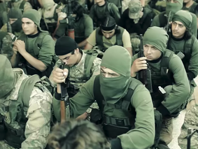 Denuncian que Ucrania continua reclutando mercenarios islamistas para Donbass